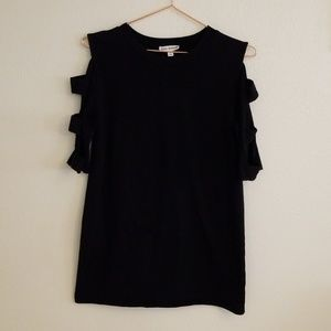 Sexy Black Cold Shoulder/Cut out sleeve top